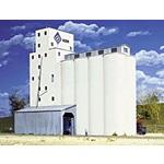 Walthers 933-3022 ADM(R) Grain Elevator (Concrete), HO