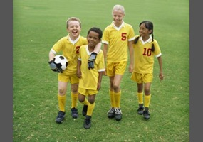 Should girls be allowed on boys athletic teams?