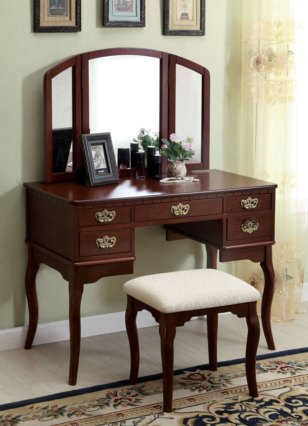 Makeup Vanity Table With Lighted Mirror Uk Pictures To Pin On Pinterest