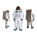 How to Make a Homemade Astronaut Costume