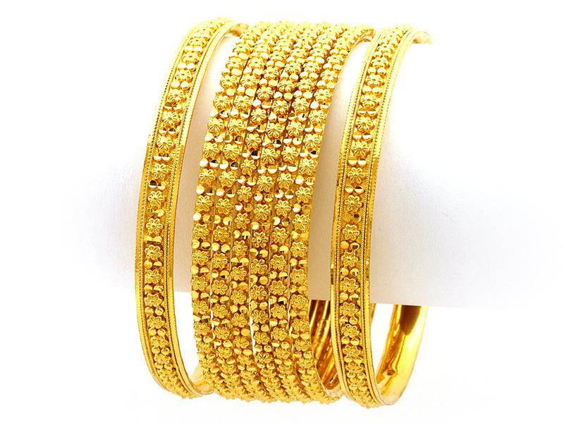 Pin Gold Bangles Designs For Bridals on Pinterest