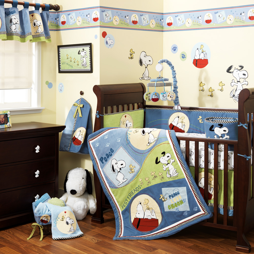 Pin By Lisa Dicicco On Baby Crib Bedding Snoopy