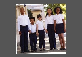 essay should students wear uniforms