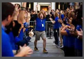 apple s employees sue do you think employees are being too nit
