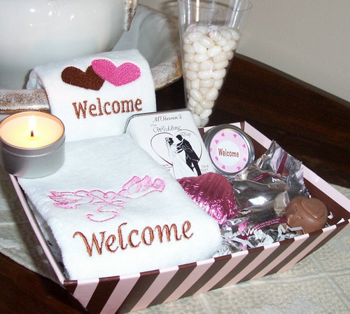 Wedding Gift Etiquette Out Of Town Guests : Out of Town Wedding Guest Gift Basket Enlarge Image