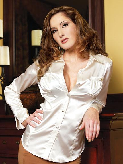 White blouse Photo 4