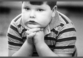 parents should be blamed for childhood obesity essay Should childhood obesity be blamed on the parent the rise in childhood obesity is in most cases the fault of the parent(s) in most of those occurrences parents are only trying to please their children.