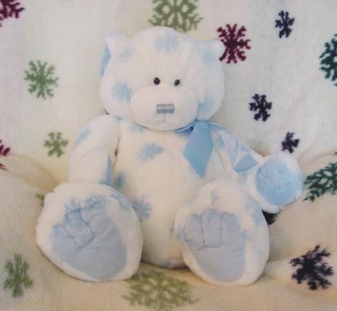 Gift Bear on Christmas Holiday Teddy Bears   Winterdom Holiday Snowflake Teddy Bear