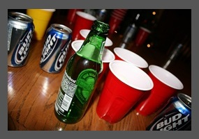 binge drinking in colleges and universities Binge-drinking is defined as consuming four or more alcoholic drinks within two hours by a woman and five or more alcoholic drinks within two hours by a man, according to the national institute on.