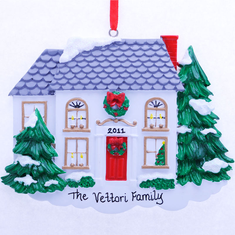 :: Personalized Trailer House Ornament Ornament - Helzer's