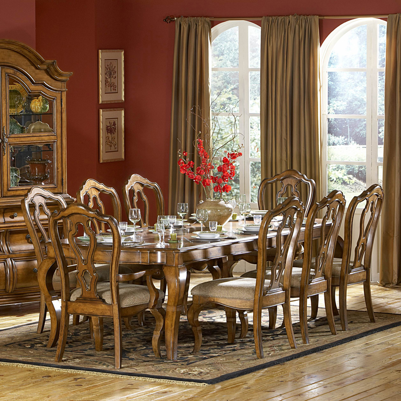 Lexington Dining Room Set