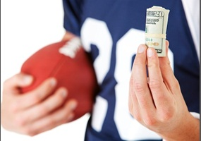 should college athletes be paid to play sports