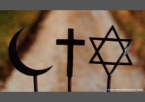 Is It Possible To Believe In More Than One Religion This - Monotheistic religions