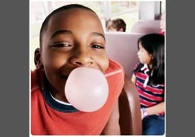chewing gum at school Gum at school essays there are many issues that face schools, but one of the main issues is gum either way that you look at the problem, their will be both good and bad issues, but the more you look you can tell that the good issues outweigh the bad.